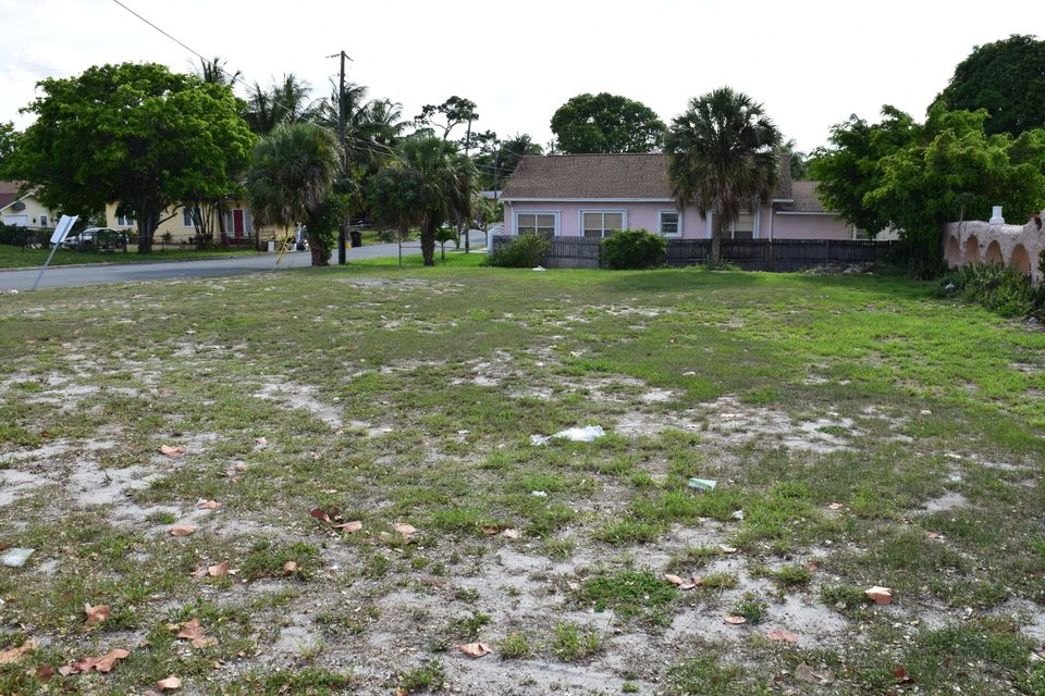 Commercial Land للـ Sale في 4215 Parker Avenue 4215 Parker Avenue West Palm Beach, Florida 33405 United States