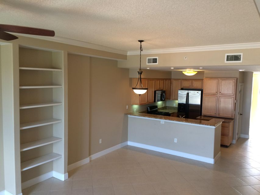 Additional photo for property listing at 20 Orange Avenue 20 Orange Avenue Fort Pierce, Florida 34950 Vereinigte Staaten