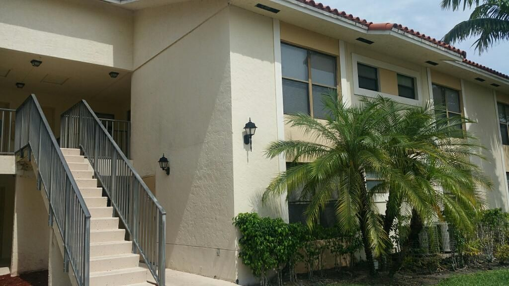 1621 Balfour Point Drive D , West Palm Beach FL 33411 is listed for sale as MLS Listing RX-10241620 8 photos