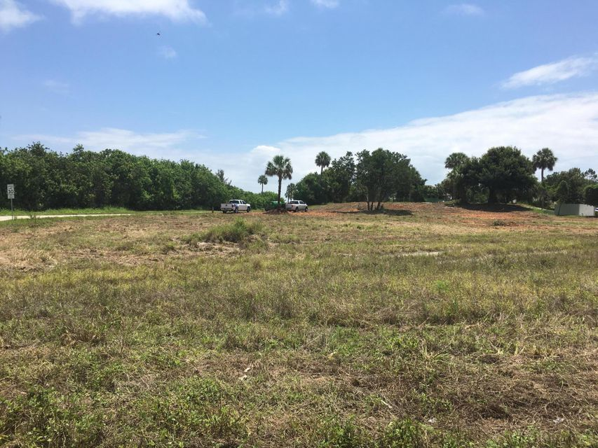 Additional photo for property listing at 14490 Us Highway 1 14490 Us Highway 1 Sebastian, Florida 32958 Vereinigte Staaten