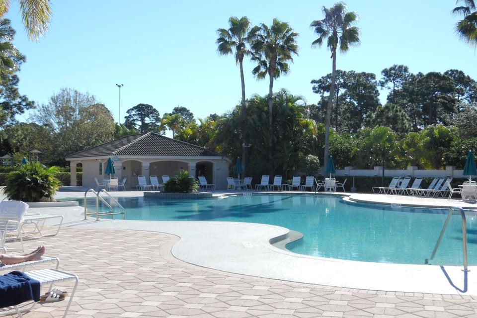 Konsum / Eigentumswohnung für Mieten beim 8419 Mulligan Circle St. Lucie West, Florida 34986 Vereinigte Staaten