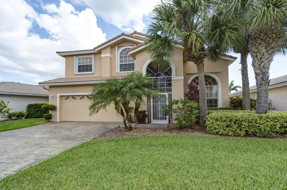 4949 SE Devenwood Way, Stuart, FL 34997