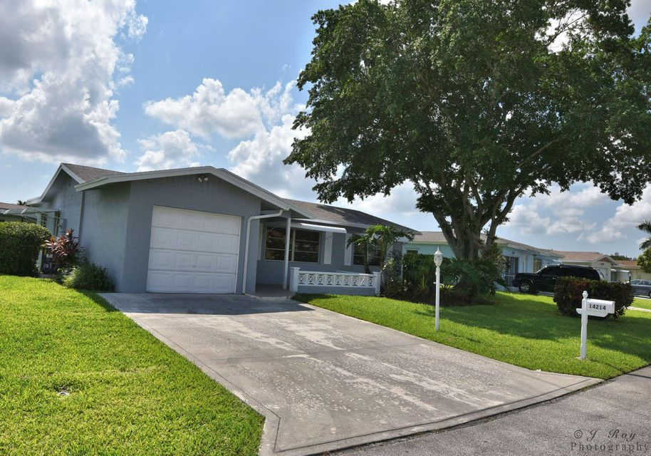 14214 El Clavel Way , Delray Beach FL 33484 is listed for sale as MLS Listing RX-10243524 29 photos