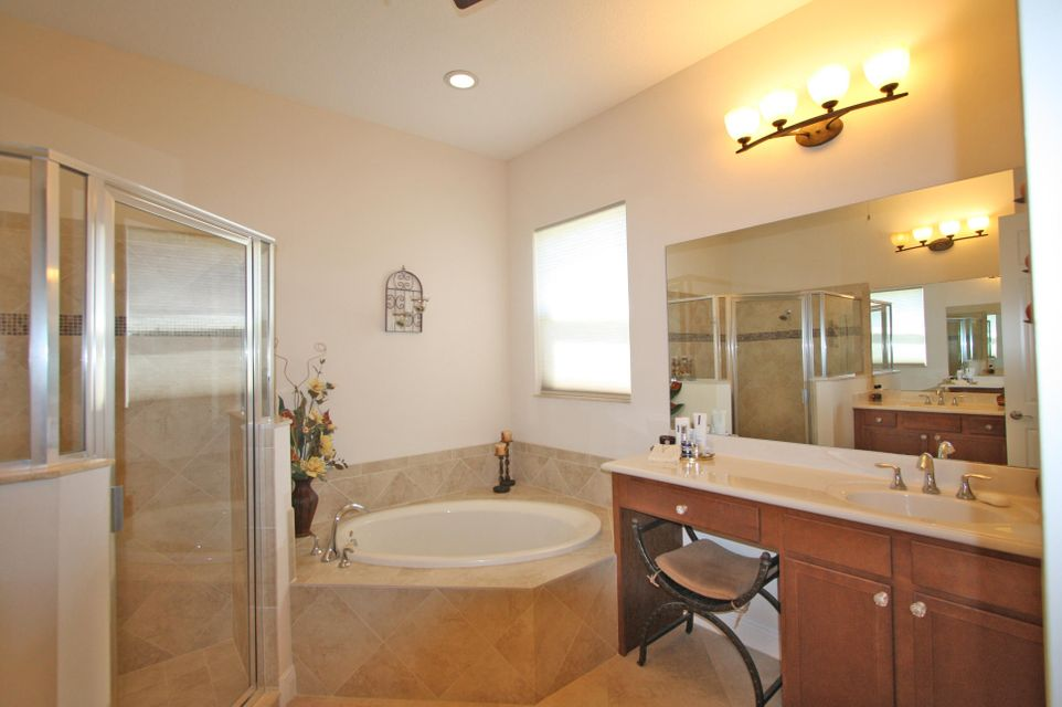 Additional photo for property listing at 10507 SW Visconti Way  Port St. Lucie, Florida 34986 United States