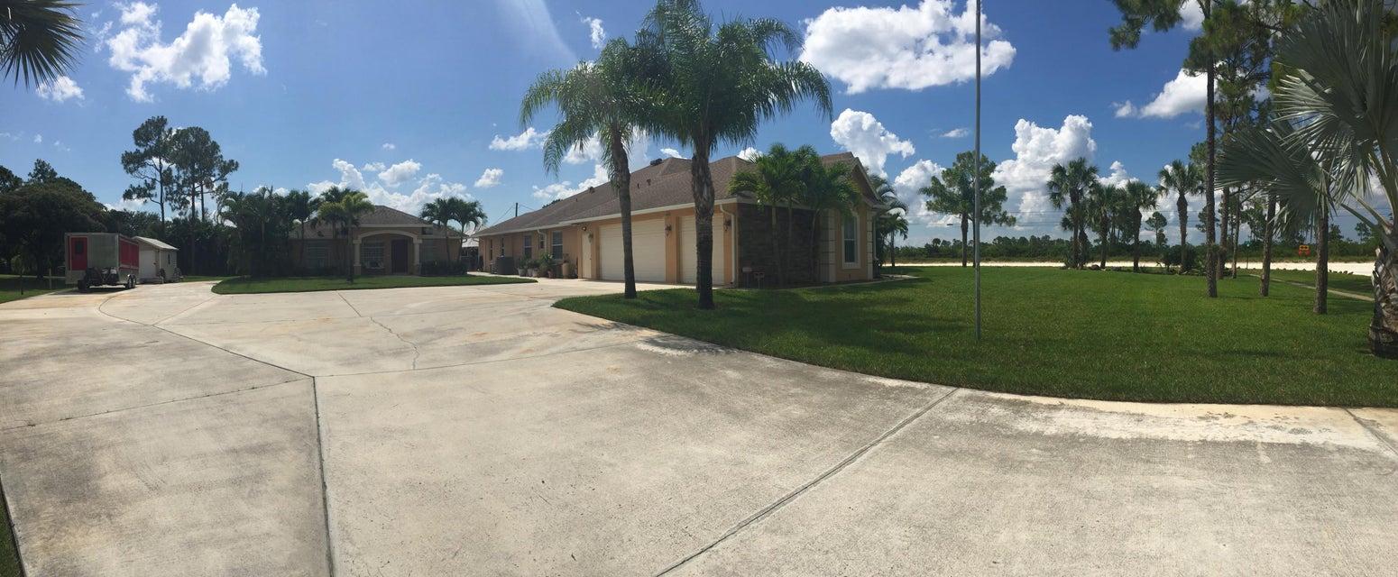 Home for sale in Acreage / Loxahatchee Loxahatchee Florida