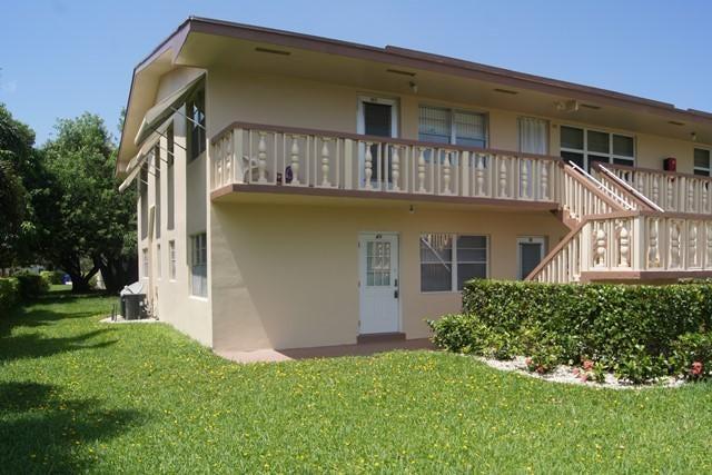 49 Coventry C  West Palm Beach, FL 33417