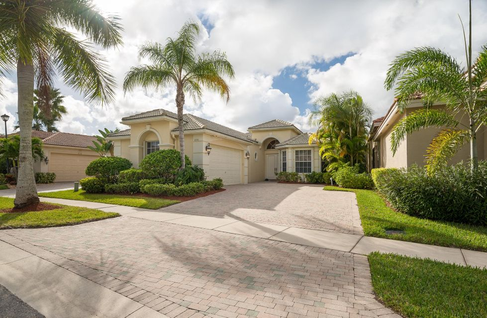 10916 Northgreen Drive, Wellington, FL 33449