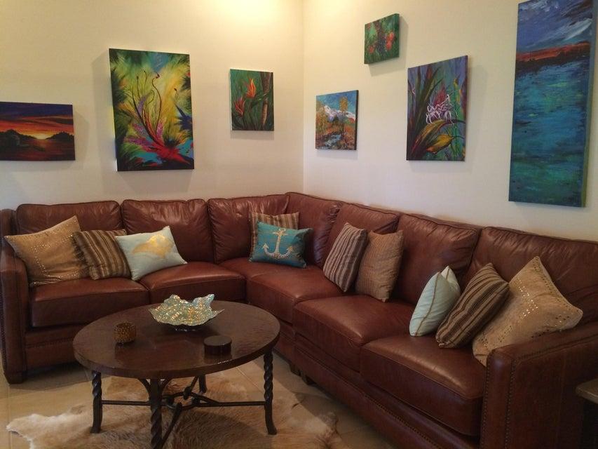 12th st livingroom (1)
