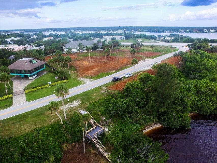 Additional photo for property listing at 14490 Us Highway 1 14490 Us Highway 1 Sebastian, Florida 32958 United States