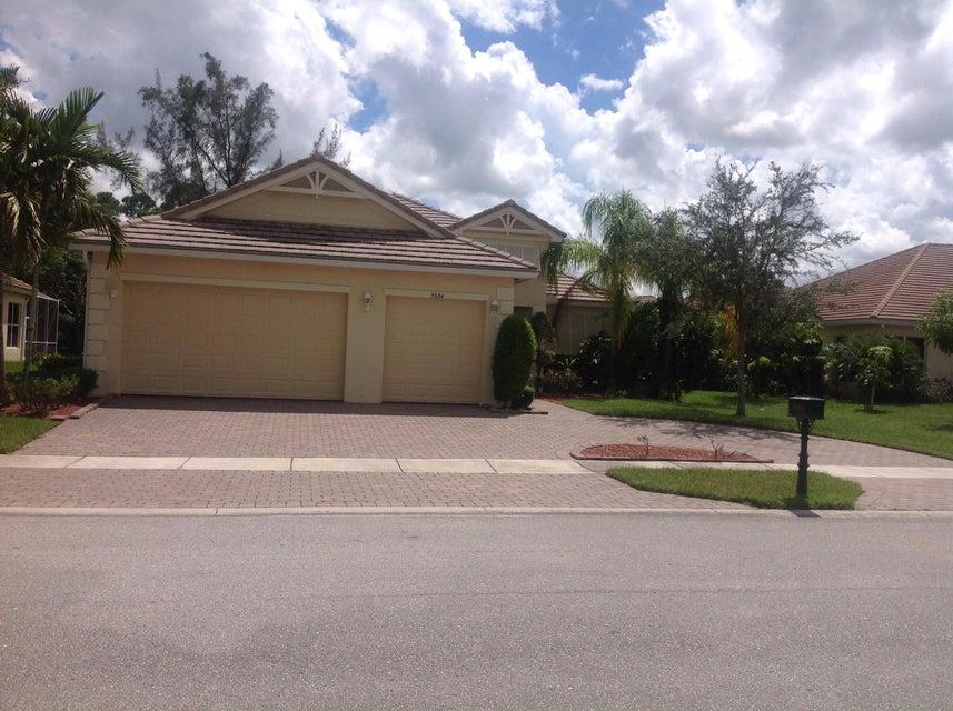 9004 New Hope Court  Royal Palm Beach, FL 33411