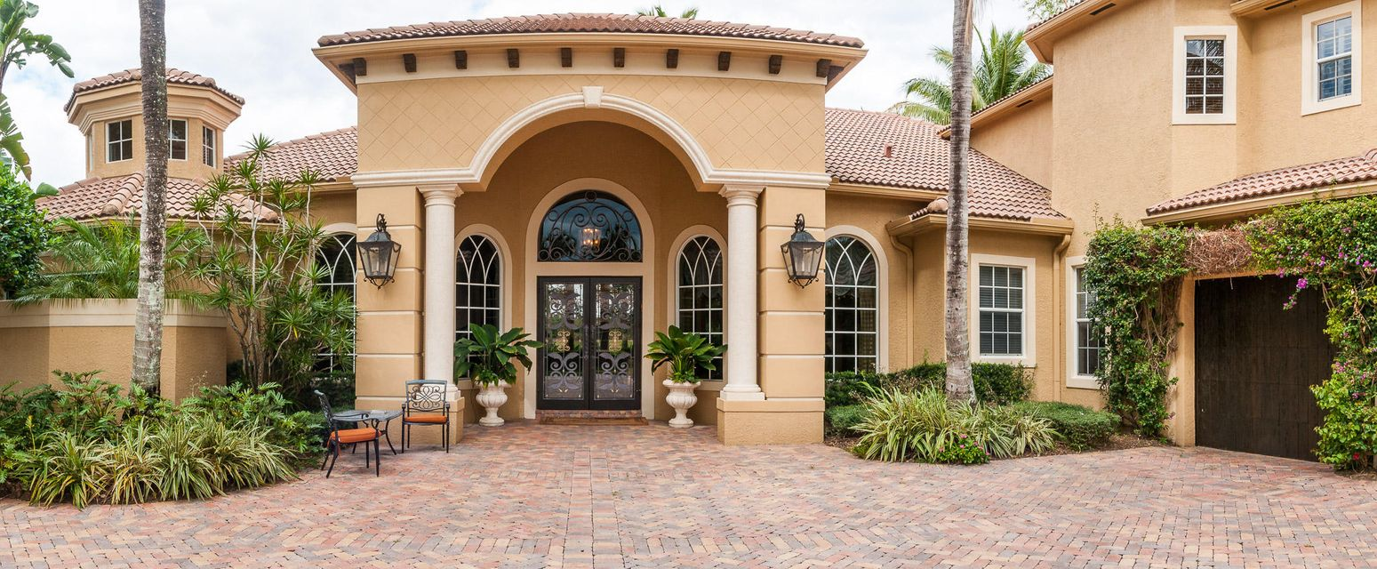 New Home for sale at 213 Grand Pointe Drive in Palm Beach Gardens