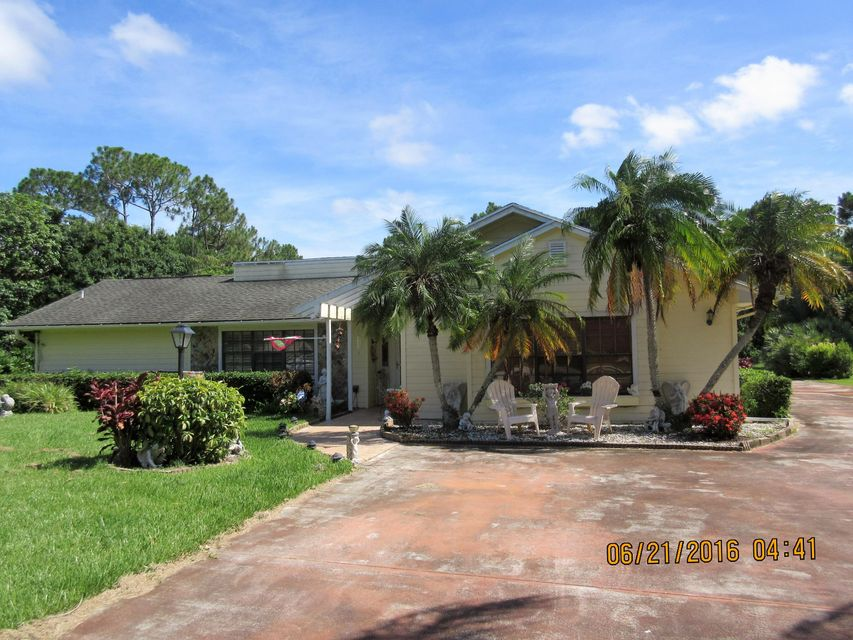 1720 SW Belgrave Terrace, Stuart, FL 34997
