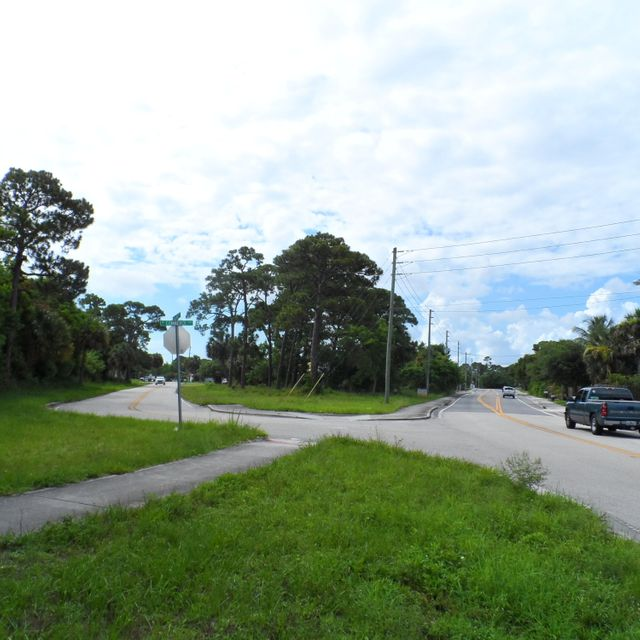 Commercial / Industrial for Sale at 4766 SE Railway Avenue Stuart, Florida 34997 United States