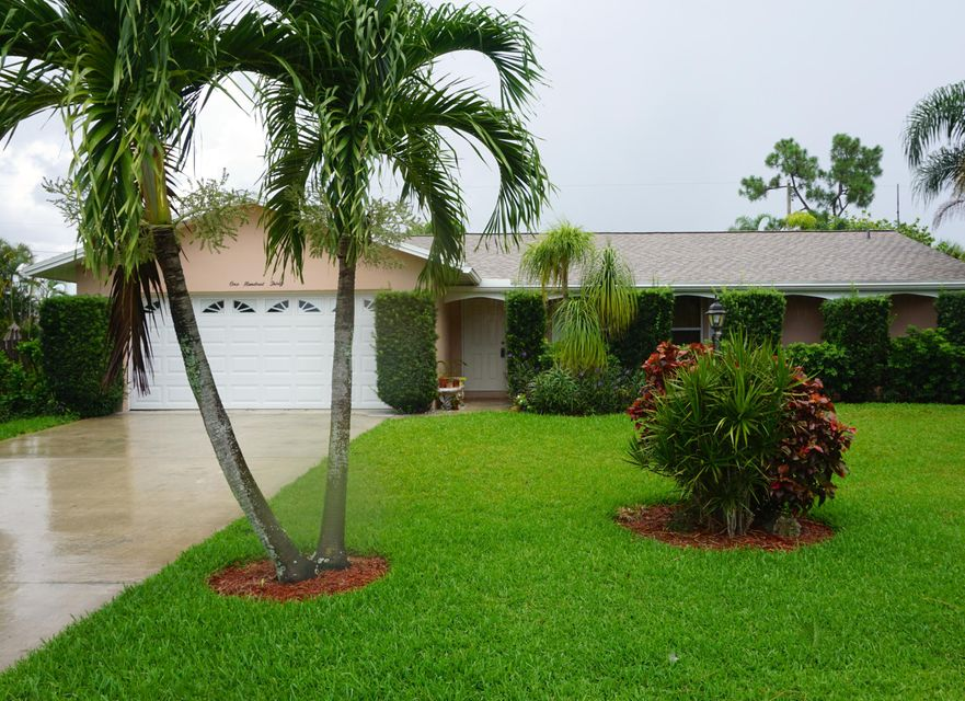 130 W Plumosa Lane , Lake Worth FL 33467 is listed for sale as MLS Listing RX-10246445 13 photos