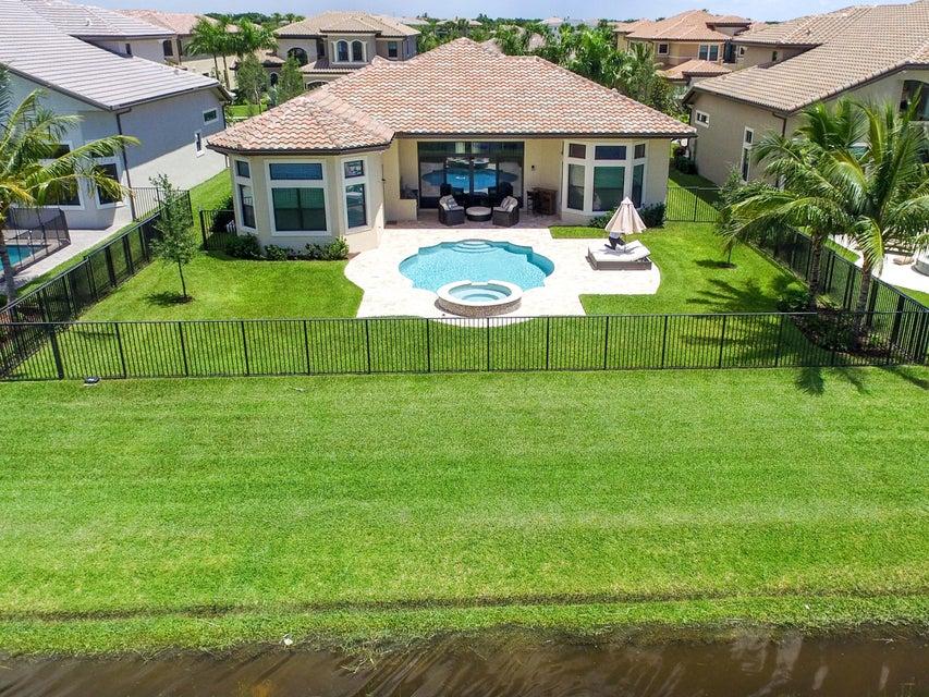 9313 Tropez Lane, Delray Beach, FL 33446