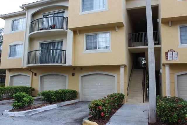 1700 Crestwood Court 1703  Royal Palm Beach, FL 33411