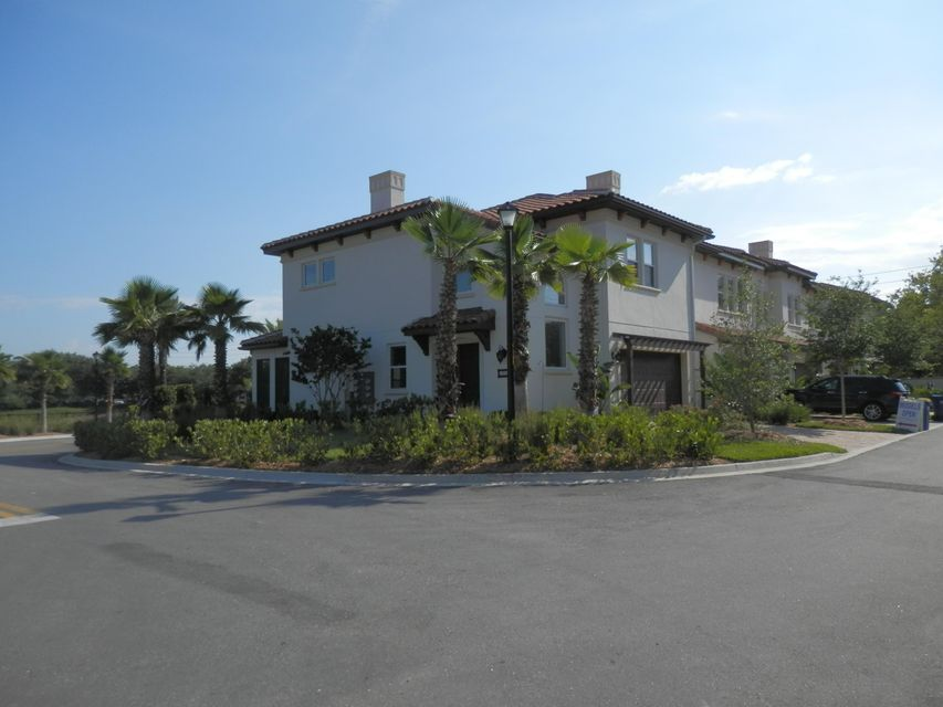13312 Santorini Drive, Jacksonville, FL 32225
