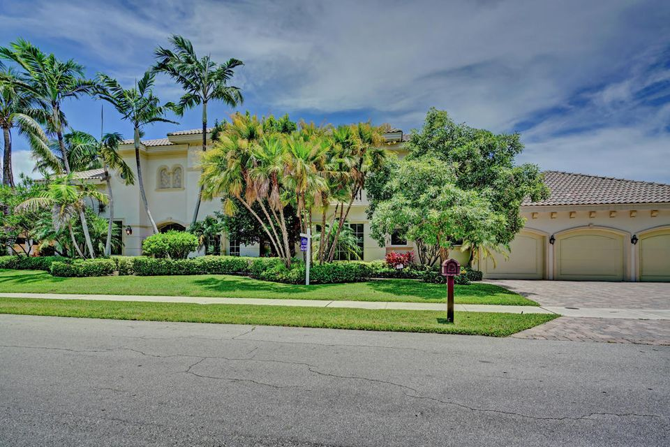 7415 NE Bay Cove Court, Boca Raton, FL 33487