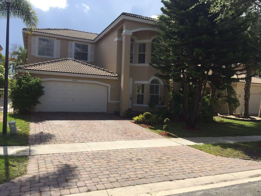 Home for sale in COCOPLUM, COCO PLUM Lake Worth Florida