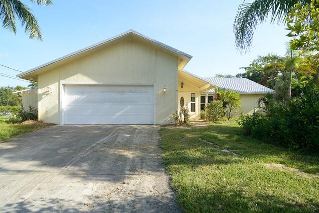 585 SW Saint Lucie Street, Stuart, FL 34997