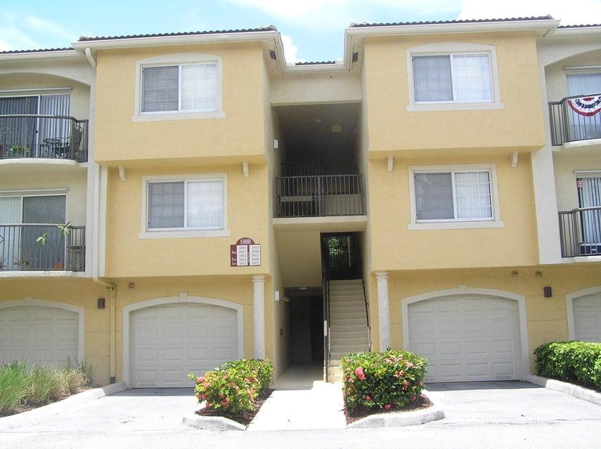 1000 Crestwood Court 1018  Royal Palm Beach, FL 33411