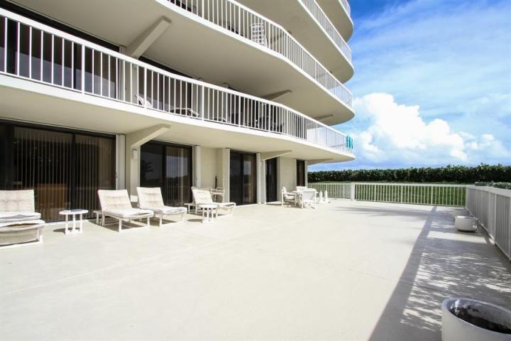 3300 S Ocean Boulevard 102s, Palm Beach, FL 33480