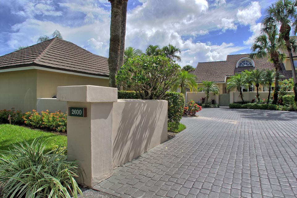 تاون هاوس للـ Sale في 2600 Muirfield Court Wellington, Florida 33414 United States