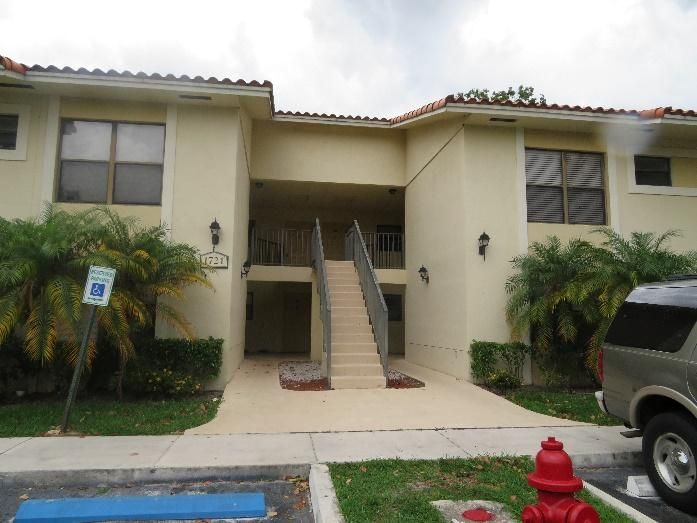 1721 Balfour Point Drive C , West Palm Beach FL 33411 is listed for sale as MLS Listing RX-10249264 7 photos