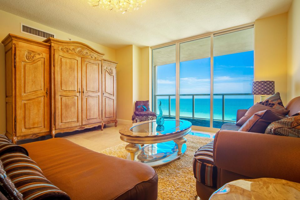 Condominium for Sale at 16699 Collins Avenue # 1102 16699 Collins Avenue # 1102 Sunny Isles Beach, Florida 33160 United States
