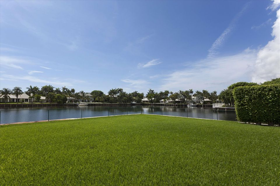 Additional photo for property listing at 588 Banyan Road 588 Banyan Road Gulf Stream, Florida 33483 United States