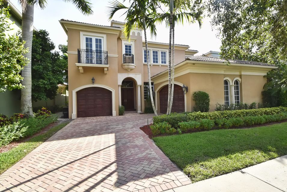 17771 Lake Azure Way, Boca Raton, FL 33496