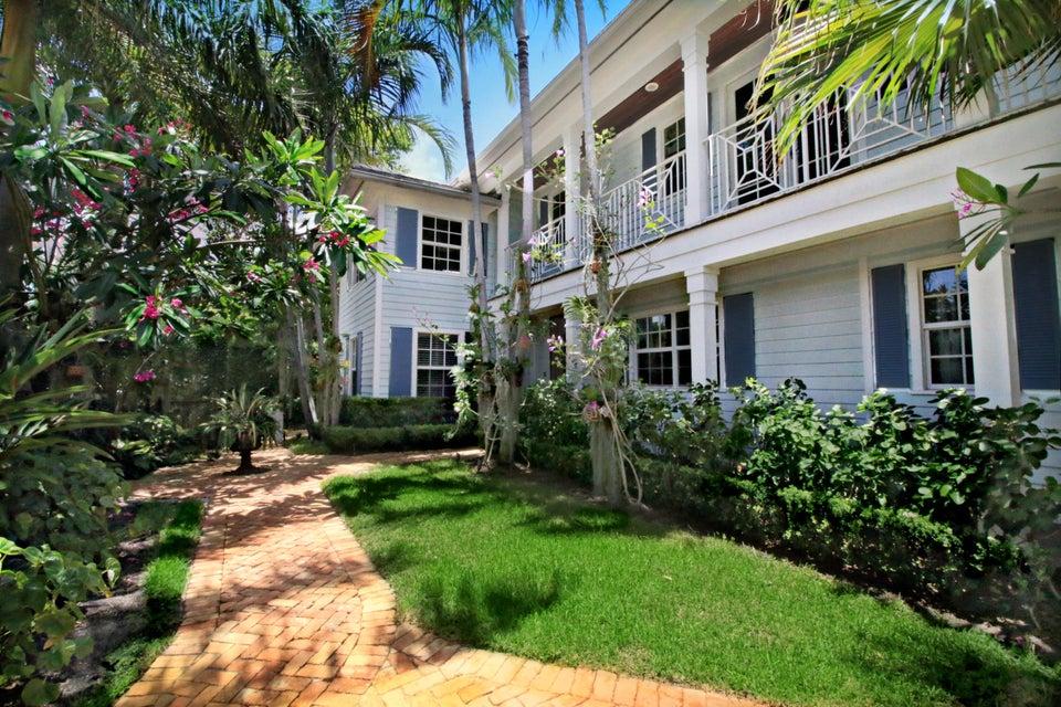 189 Monceaux Road  West Palm Beach, FL 33405