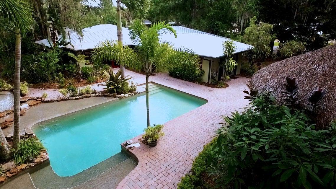 2695 Tropical Avenue, Vero Beach, FL 32960