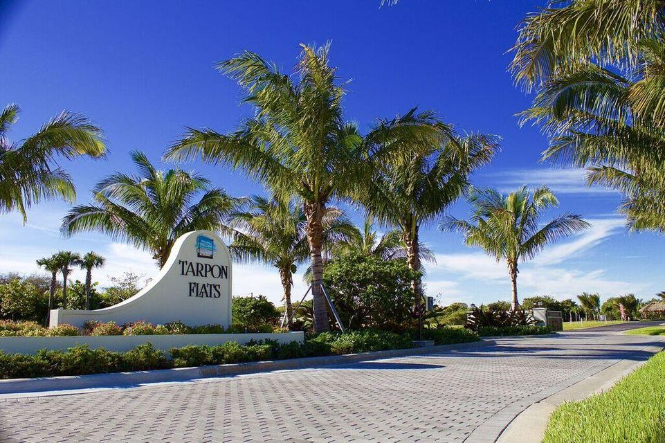 واحد منزل الأسرة للـ Sale في 3937 Shoreside Drive Fort Pierce, Florida 34949 United States