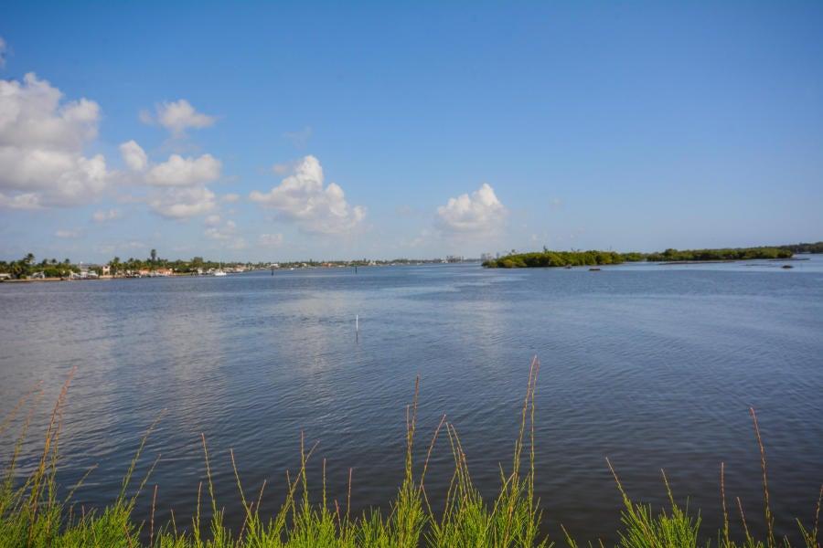2155 Ibis Isle Road, 3 - Palm Beach, Florida