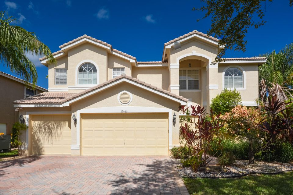 19085 Streamside Court, Boca Raton, FL 33498