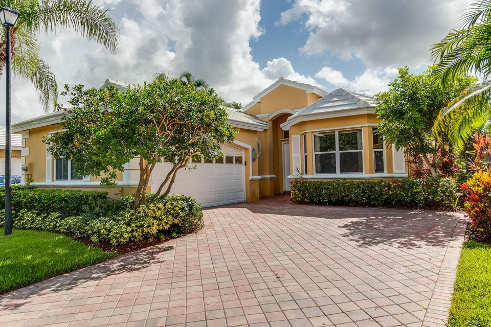 4469 Kensington Park Way, Wellington, FL 33449