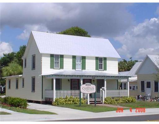 305 S 7th Street, Fort Pierce, FL 34950