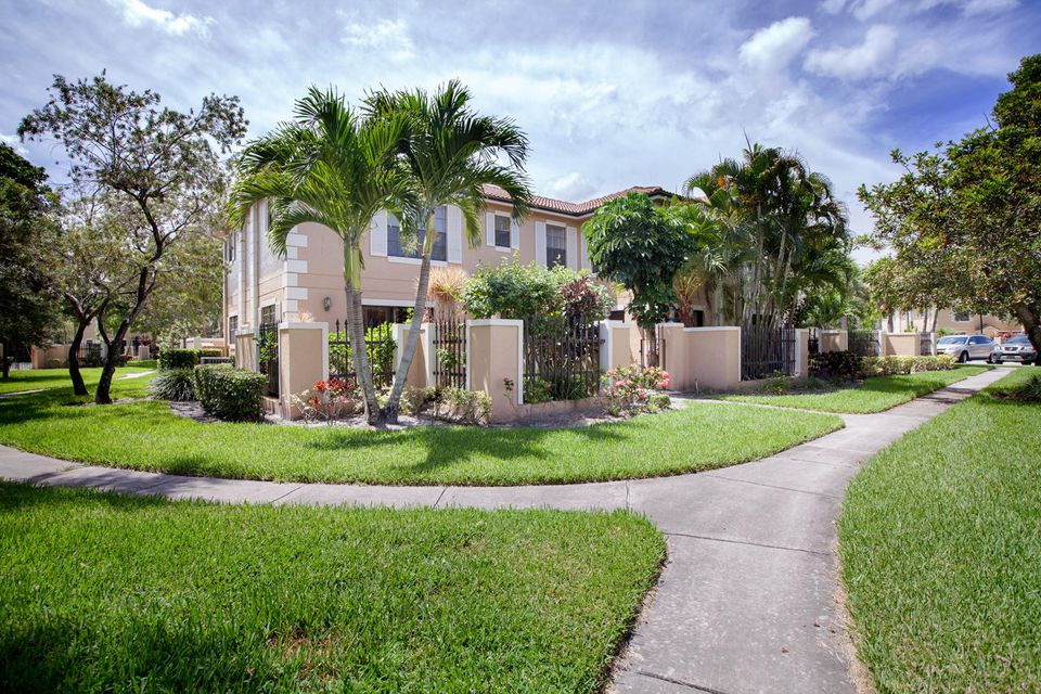 Townhouse for Rent at 354 Prestwick Circle # 4 354 Prestwick Circle # 4 Palm Beach Gardens, Florida 33418 United States