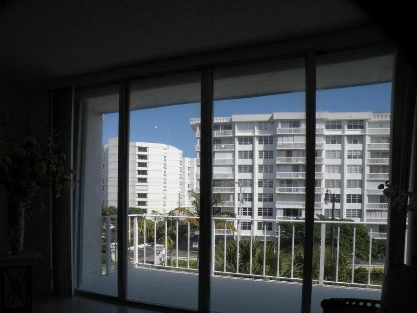 Additional photo for property listing at 3575 S Ocean Boulevard 3575 S Ocean Boulevard South Palm Beach, 佛罗里达州 33480 美国