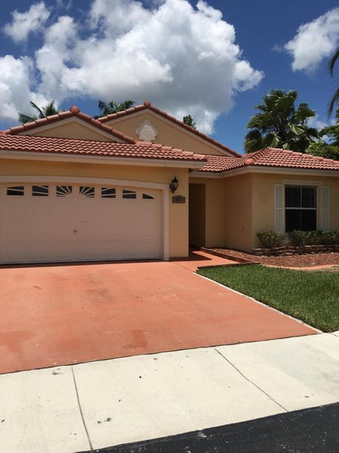890 NW 166th Avenue, Pembroke Pines, FL 33028