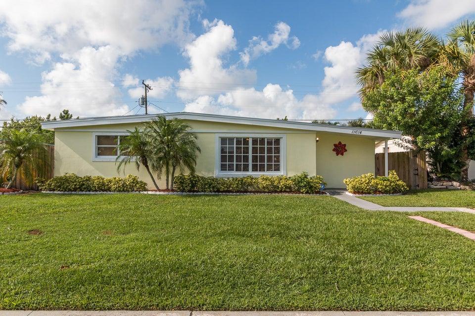 11614 Oleander Drive Royal Palm Beach, FL 33411