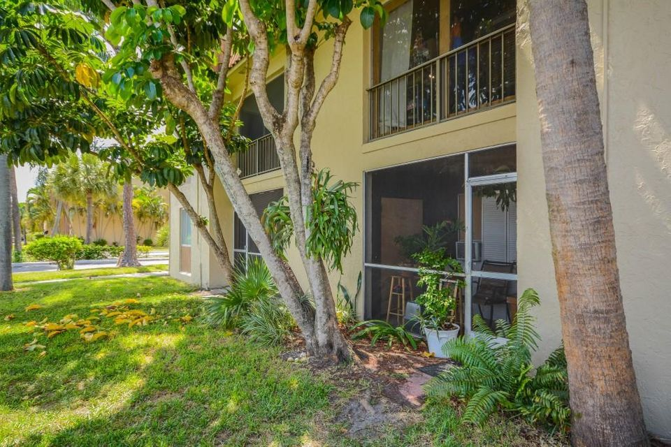 6060 Forest Hill Boulevard 106 West Palm Beach Fl 33415 Rx 10252499 In Forest Hill Gardens Condo