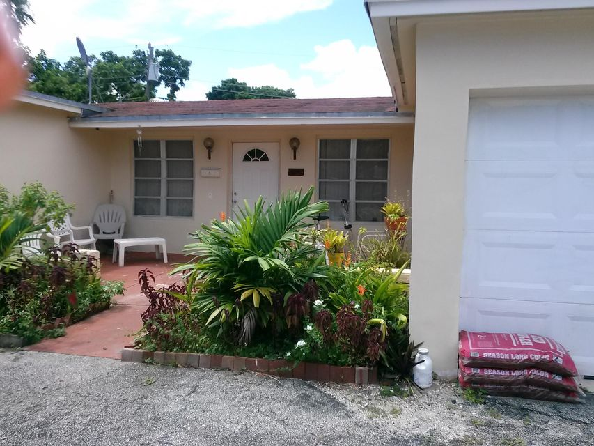 Home for sale in ORIOLE ESTATES SEC 4 Lauderdale Lakes Florida
