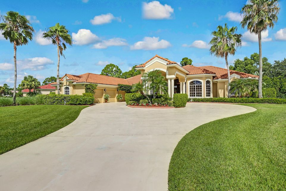 11691 Stonehaven Way, West Palm Beach, FL 33412