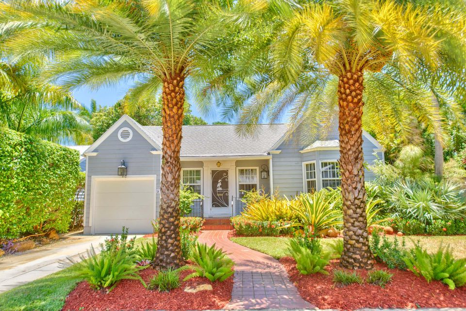 Home for sale in Parrot Cove Historic Lake Worth Florida