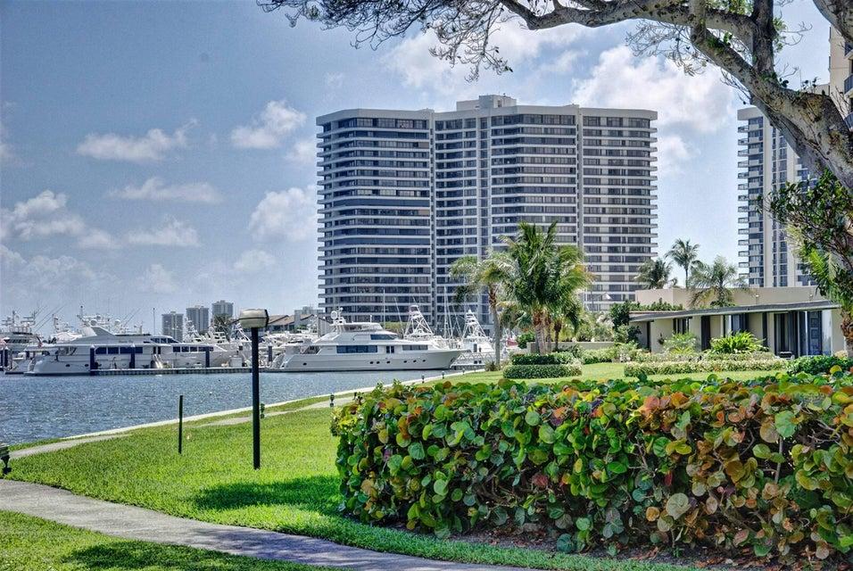 Lake Point Tower Condominium North Palm Beach