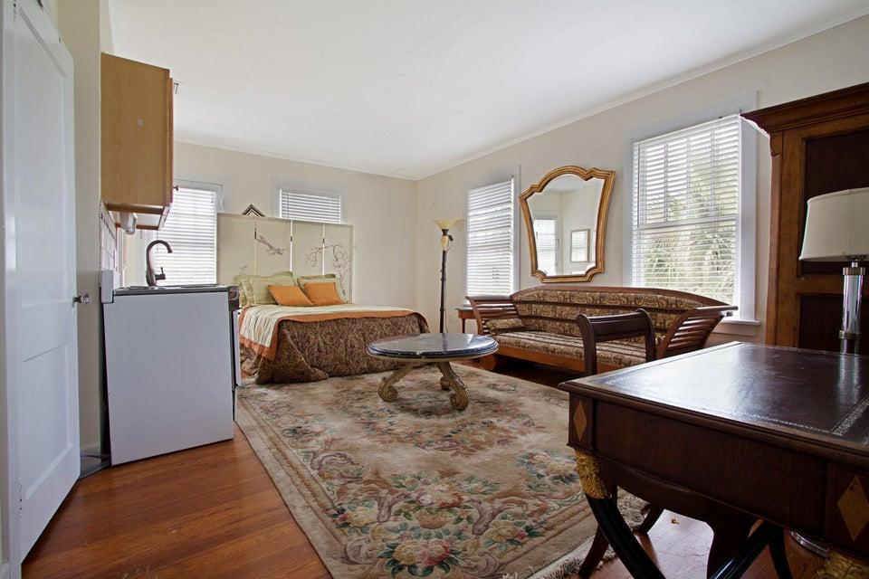 شقة للـ Rent في 258 Seminole Avenue 258 Seminole Avenue Palm Beach, Florida 33480 United States