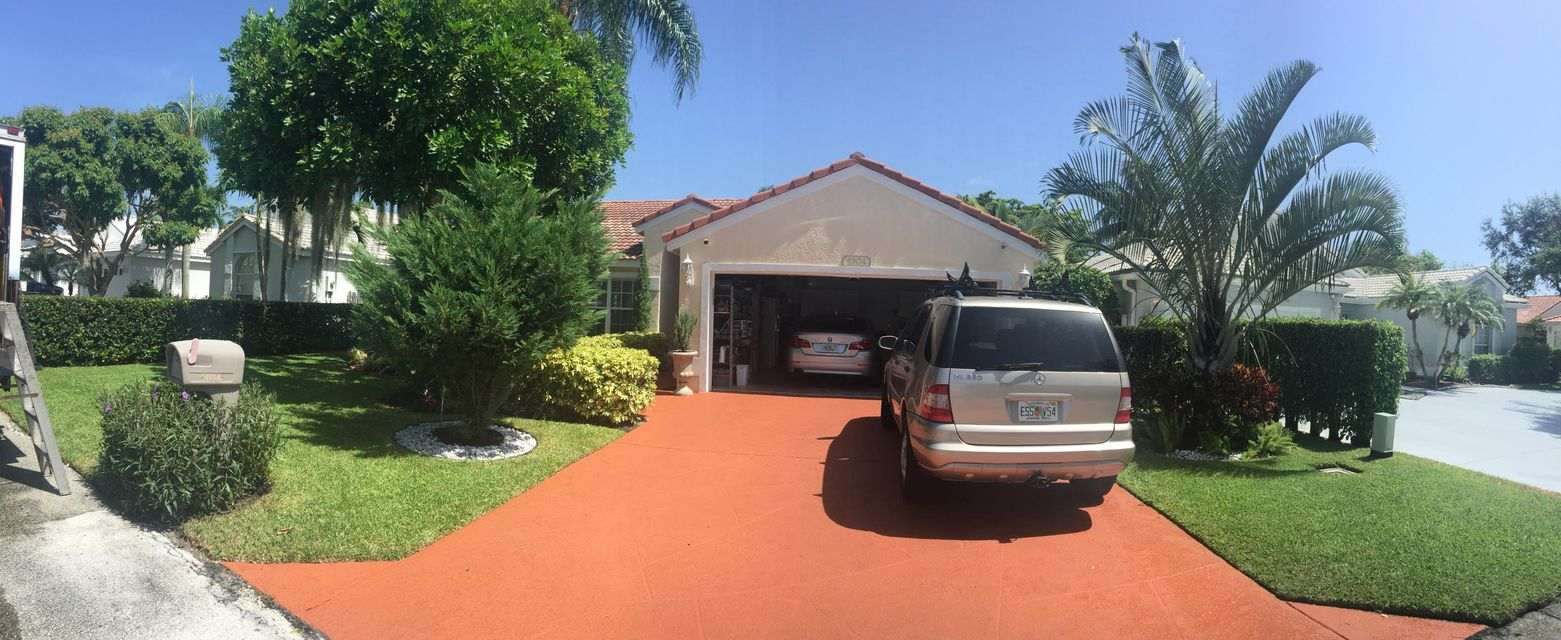 4904 Broadstone Circle, West Palm Beach, FL 33417