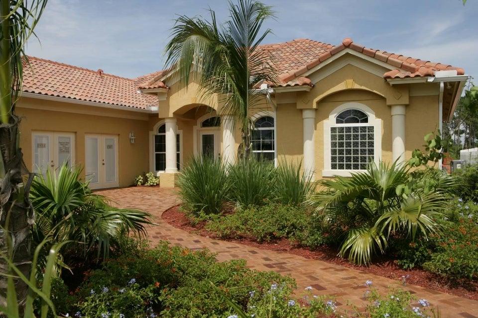 7660 Charleston Way, Port Saint Lucie, FL 34986